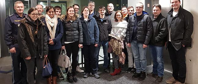 BRK besucht Polizeieinsatzzentrale Oberbayern Süd