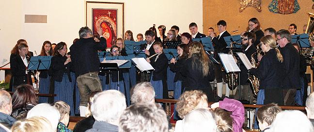 Kirchenkonzert der Musikkapelle Schwindegg mit dem Kirchenchor Dorfen