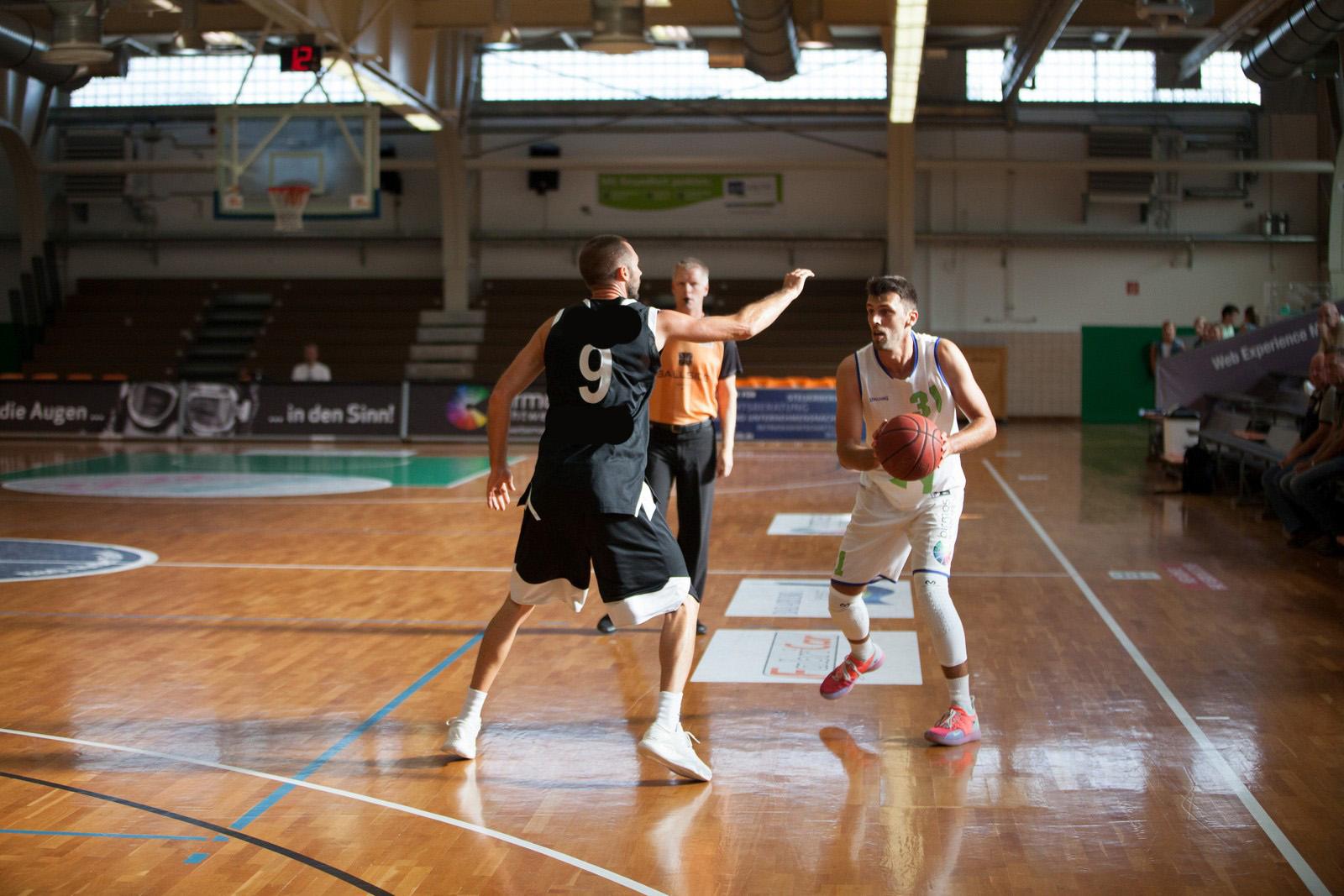 Herbe Pleite für die Fireballs – Aiblinger Basketballer gehen in Oberhaching mit 58:109 unter