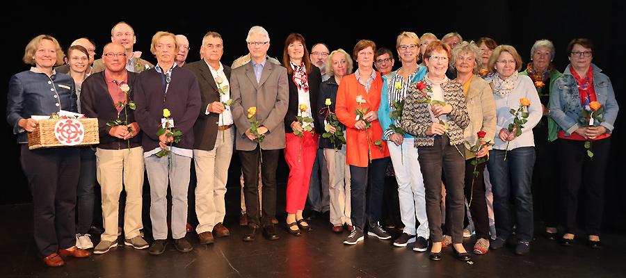 """10 Jahre Tafel Mühldorf – Auer: """"Viele segensreiche helfende Hände"""""""
