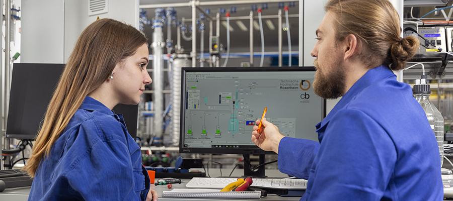 Industrie sucht händeringend Chemtroniker