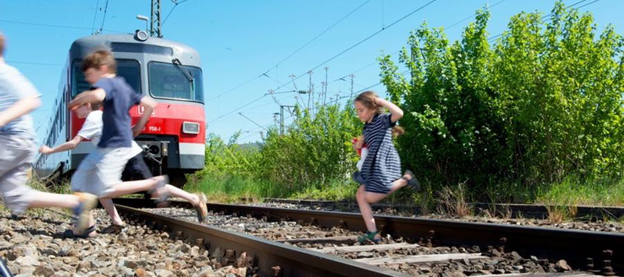 """Bahnanlagen sind keine """"Foto Locations"""" oder """"Challenge Areas"""""""
