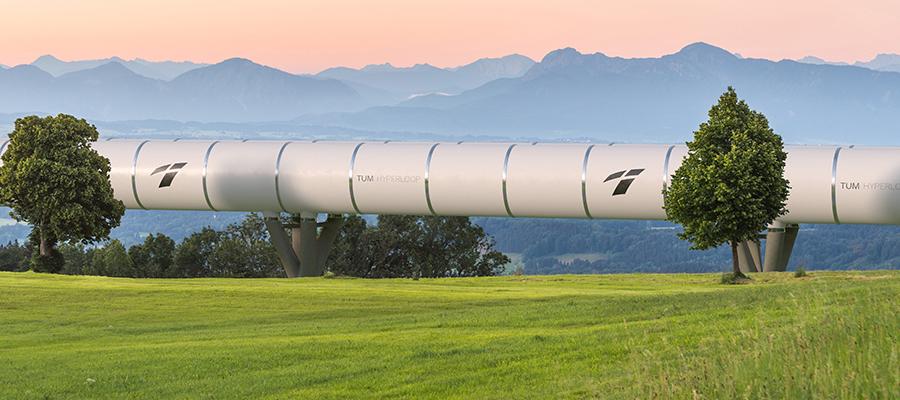 Eine Hyperloop-Röhre in bayerischer Landschaft?