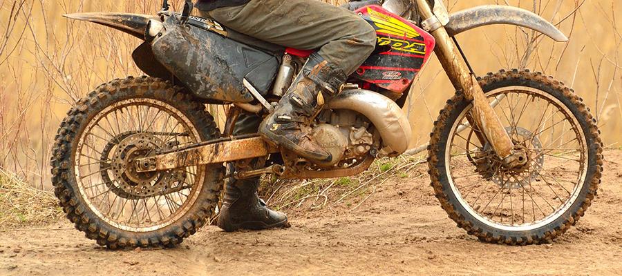 Gars a. Inn: Polizei sucht Motocrossfahrer