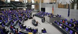 """Umstrittenes Infektionsschutzgesetz im Eiltempo verabschiedet – Grosse-Brömer: """"Ein Parlamentsstärkungsgesetz"""""""