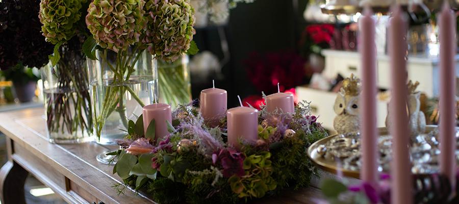 Neueröffnung: Ein Blumenladen im Winterzauber – Werbung