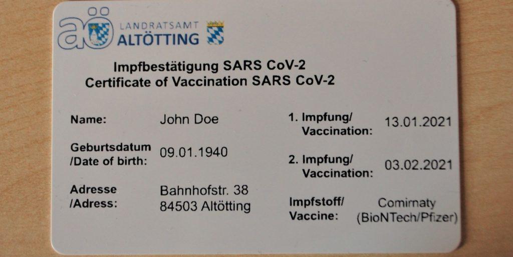 Der Landkreis Altötting händigt seit dem 22. Januar 2021 Impfkarten aus. Foto: Landratsamt Altötting