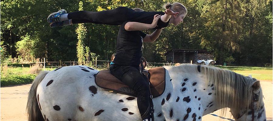 "Pferdemama Lisa Grad: ""Loslassen ist keine Option!"""