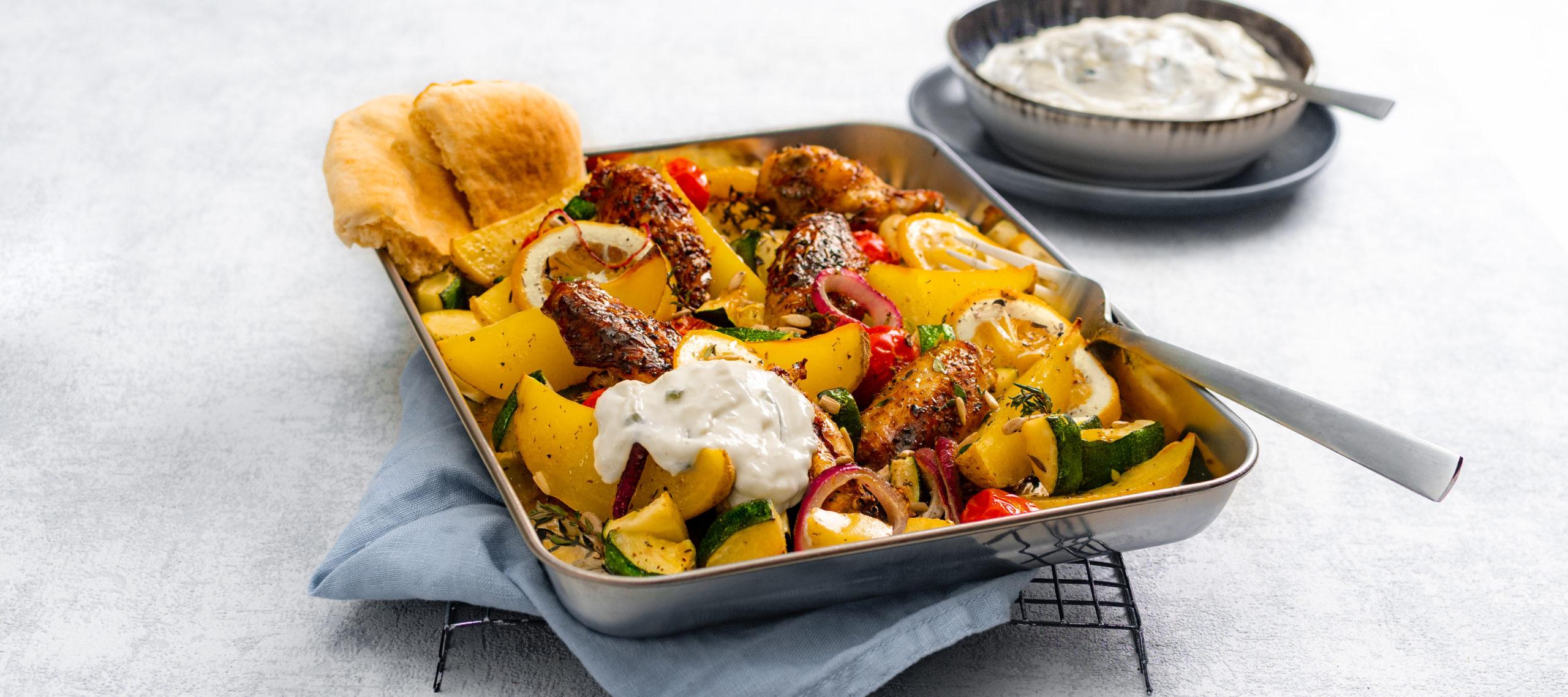 Kartoffel-Hähnchen vom Blech mit Zaziki