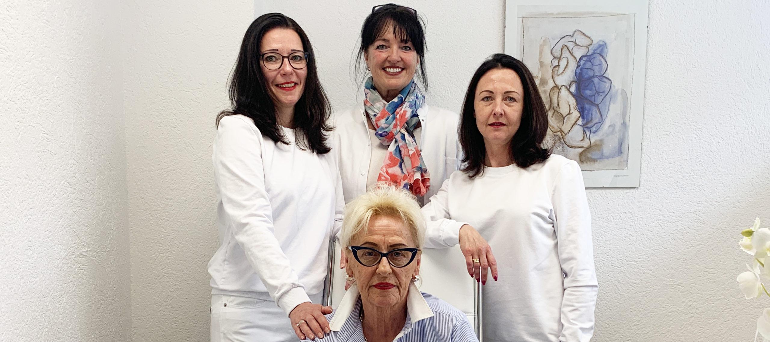 Zahnarztpraxis Gabriela Gutowski: Wiedereröffnung und 25-jähriges Jubiläum – Werbung –