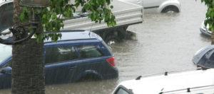 Überschwemmungsschaden am Auto: Das müssen Kasko-Versicherte jetzt wissen